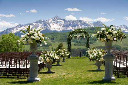 Choosing The Perfect Outdoor Wedding Location