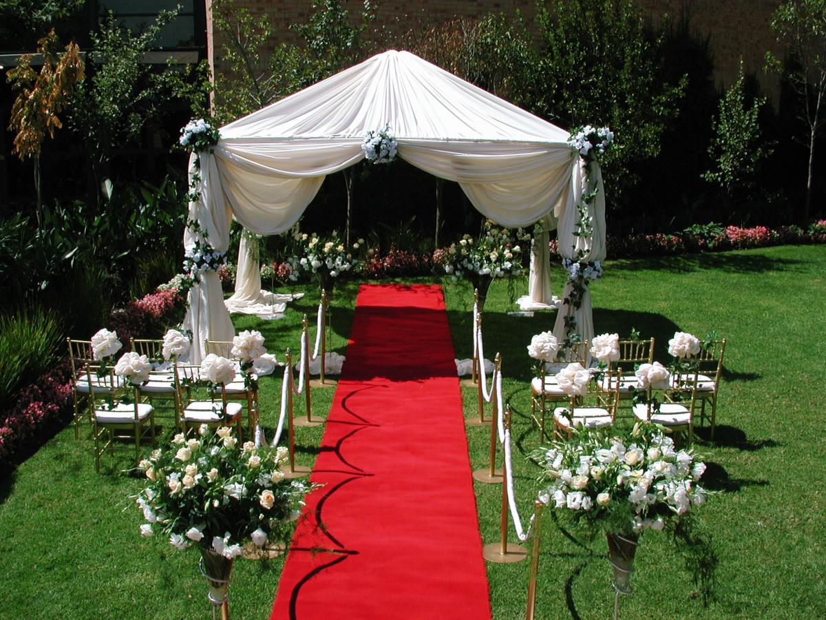 Check The Photo Gallery For More Intimate Outdoor Wedding Ideas.